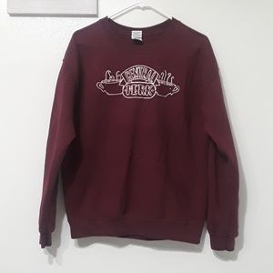 "Burgundy crewneck ""Friends"" sweater"